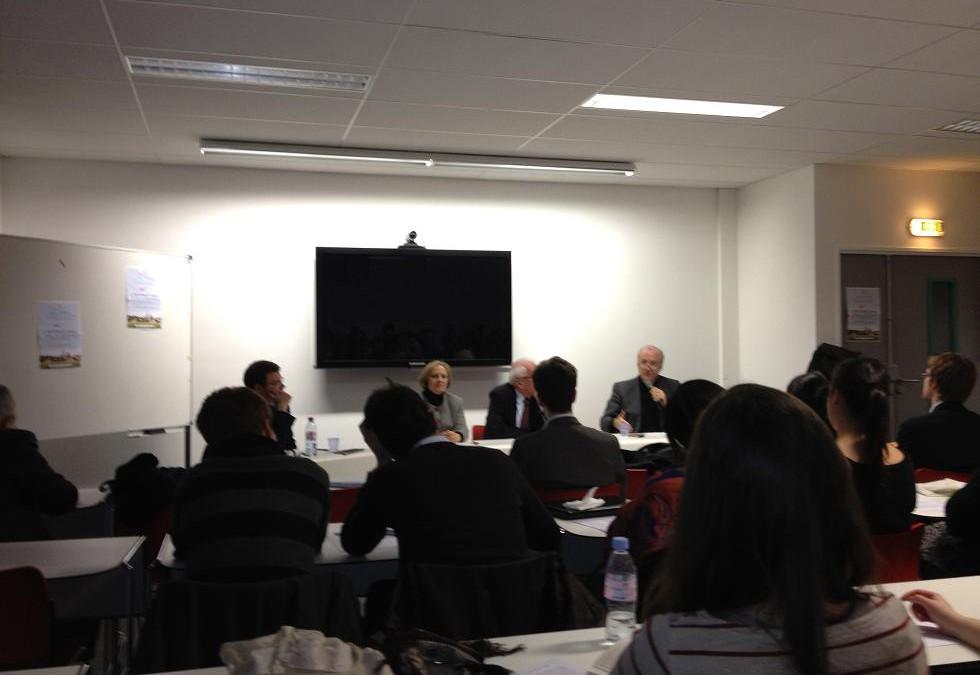 Table ronde Université Paris 2 Panthéon-Assas L'international dans la campagne 8 mars 2012